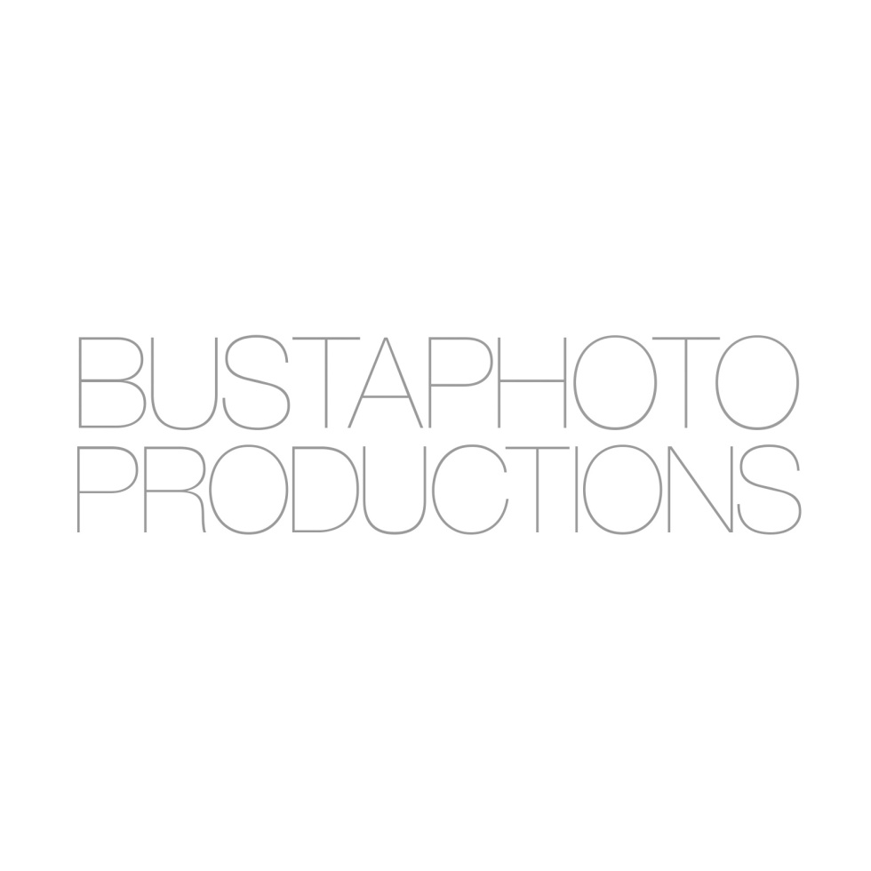 Bustaphotosquare